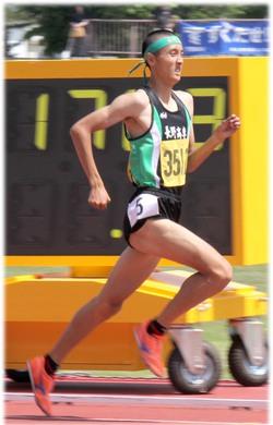 髙橋一輝 800m 優勝