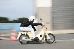 市販車部門で優勝した「長野高専 スーパーキリバヤシ」