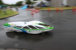 自作エコカー部門で優勝した「長野高専 Selene」