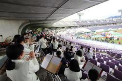 長野オリンピック記念マラソンで演奏